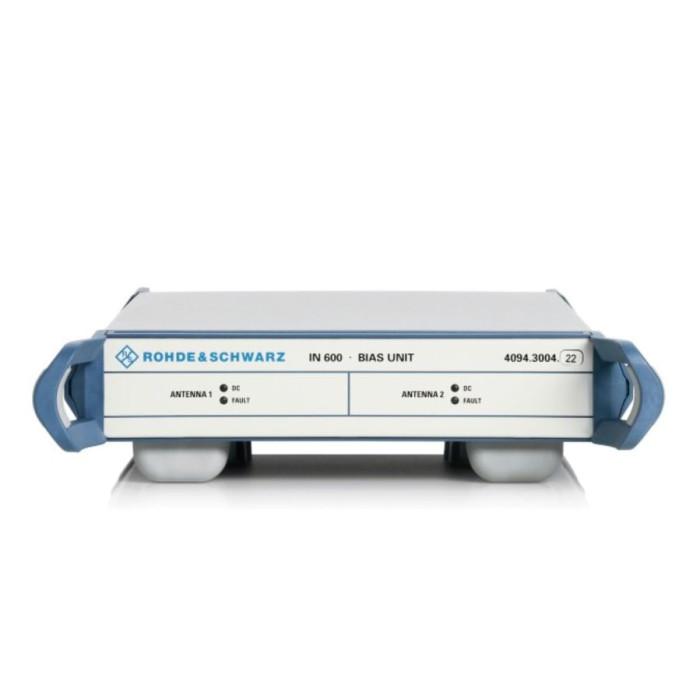 Источник питания для двух активных антенн через сигнальный кабель  R&S IN600
